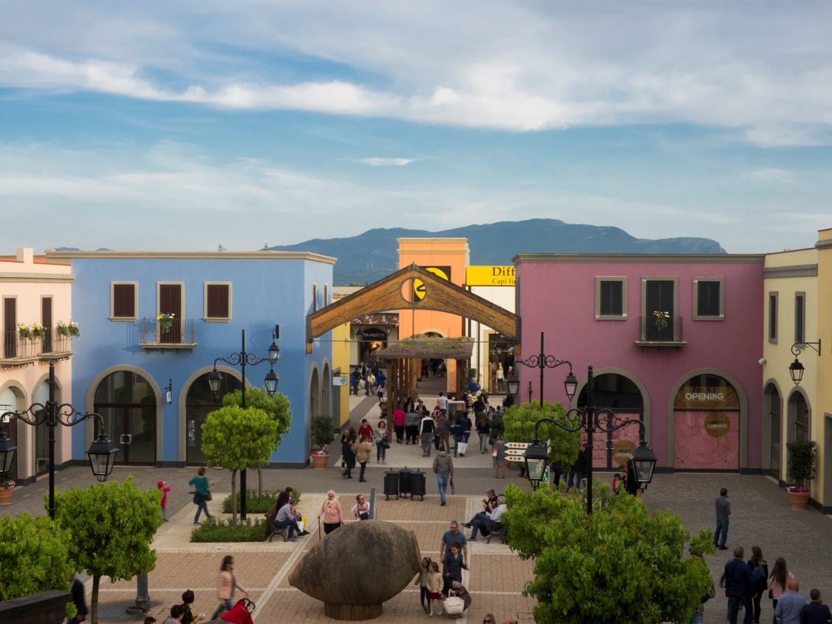 cilento outlet village